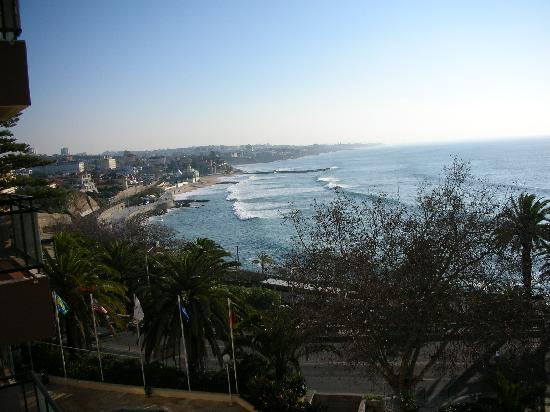 Estoril Eden Hotel : view from balcony towards Estoril
