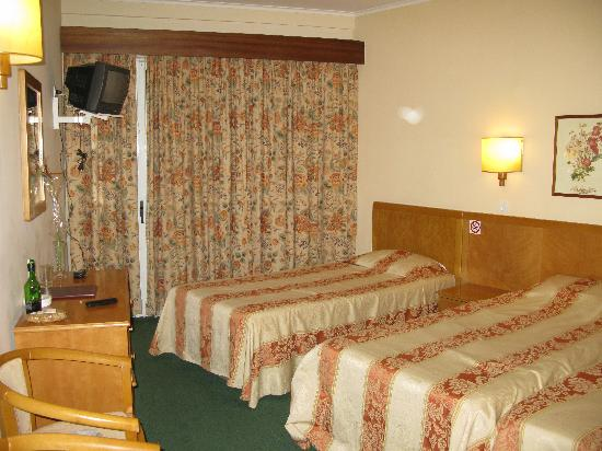 Do Centro Hotel : Our room at the 5th floor, don't remeber the number