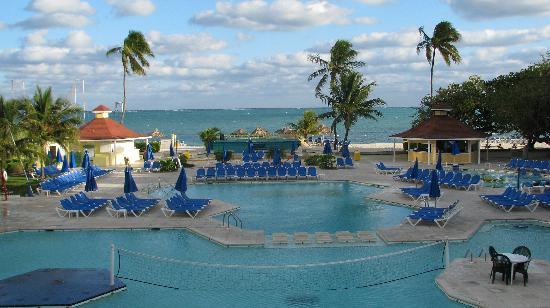 Pool Area Picture Of Breezes Resort Spa Bahamas Nassau Tripadvisor