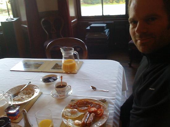 Oatfield Country House B&B: Hearty Scottish Breakfast