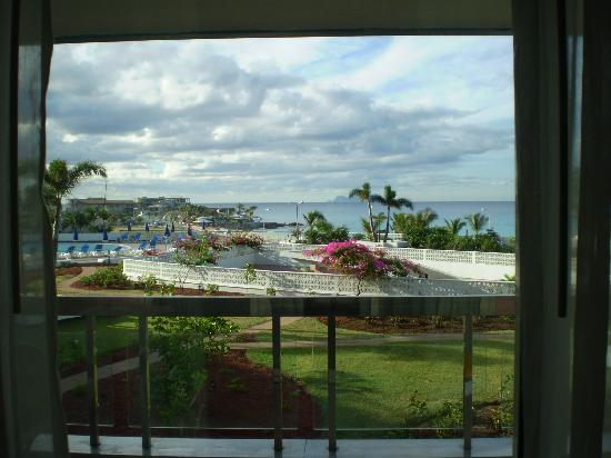 Royal Islander Club La Terrasse Resort : What a pleasant view!