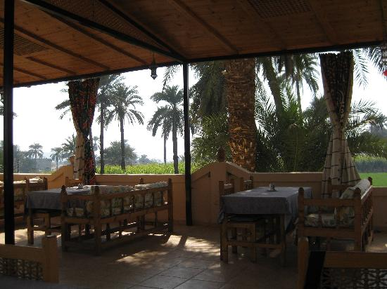 El Nakhil Hotel & Restaurant: first floor restaurant