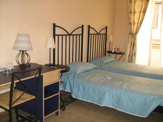 Valentini Bed and Breakfast: Room