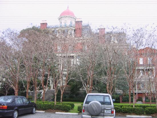 Wentworth Mansion: The mansion in Charleston