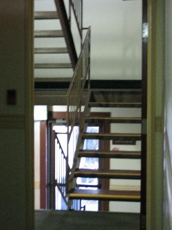 Rodeway Inn Farmington: stairs