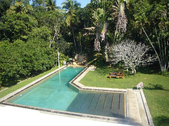 Horathapola Estate: The pool as seen from our balcony