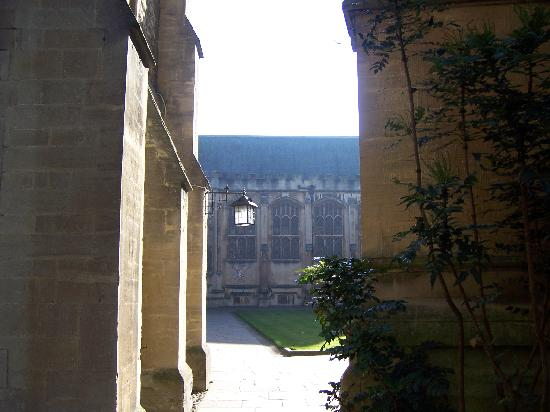 Exeter College: Peeking from the back quad to the front quad