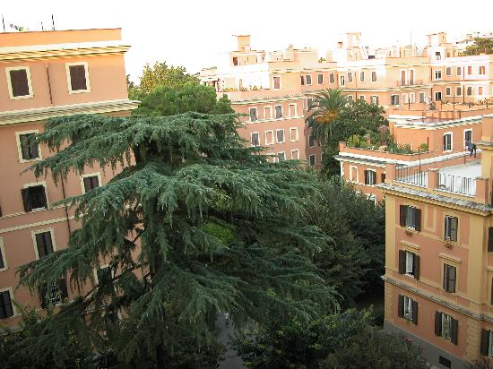 Bed and Breakfast A Casa di Lia -Home in Rome : View from window