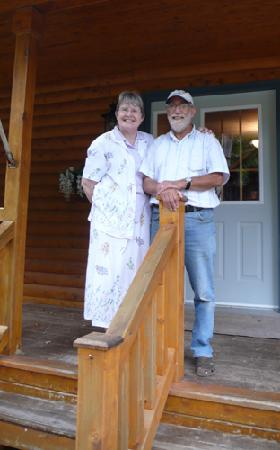 Gite Toutes Saisons Bed & Breakfast : Your Hosts: Barbara and Phil