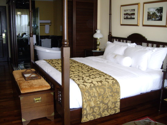 The Majestic Malacca: Our bedroom
