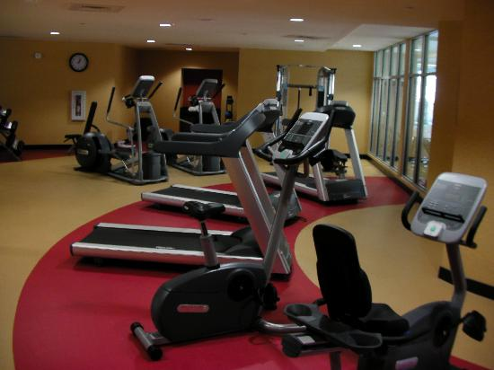 Cambria hotel & suites Raleigh-Durham Airport: gym