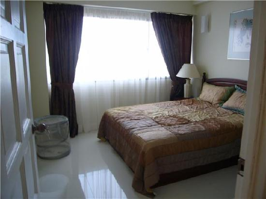 Sri Sayang Resort Service Apartment: two bedrooms like this