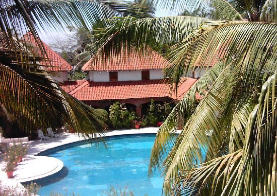 Hotel Villas Paraiso: alberca