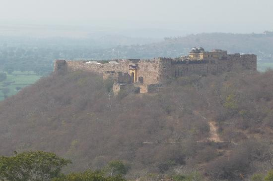 Karauli, India: View of the fort
