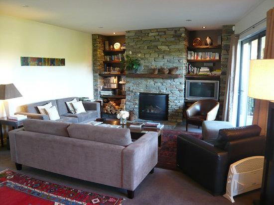 Lime Tree Lodge: living room