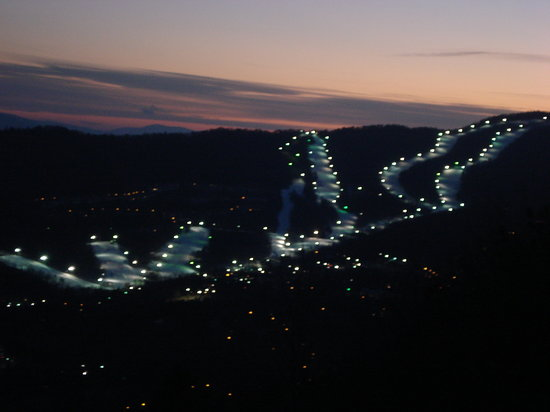 Virginia: Ski Slopes at Night