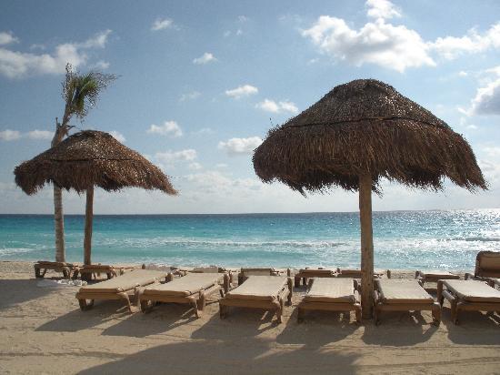 The Westin Lagunamar Ocean Resort Villas & Spa, Cancun : Westin Beachfront