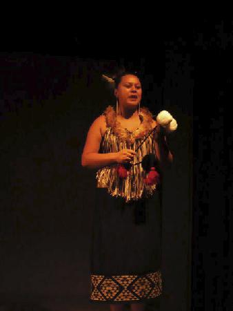 Ponsonby: Maori performance