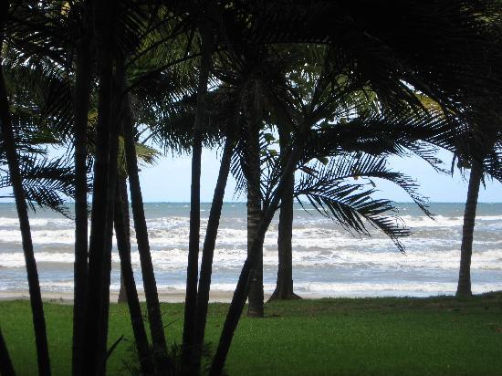Palma Real Beach Resort & Villas: View from buffet at palma real