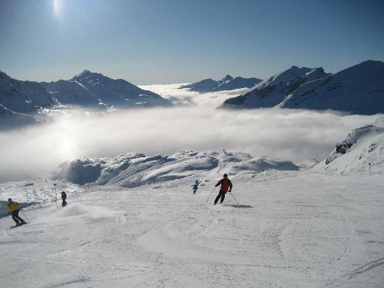 Hotel Steiner: Skiing above the clouds