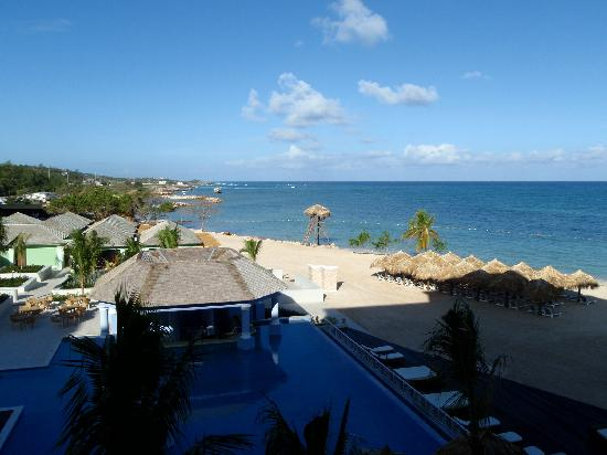 Iberostar Grand Rose Hall: View from our balcony