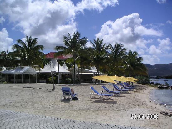 Le Flamboyant Hotel and Resort: Beach Le Flamboyant