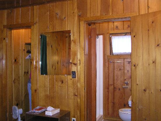 West Glacier Motel: Bathroom and closet in Cabin #29