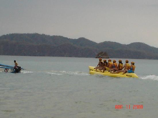 Tortuga Island: at the banana