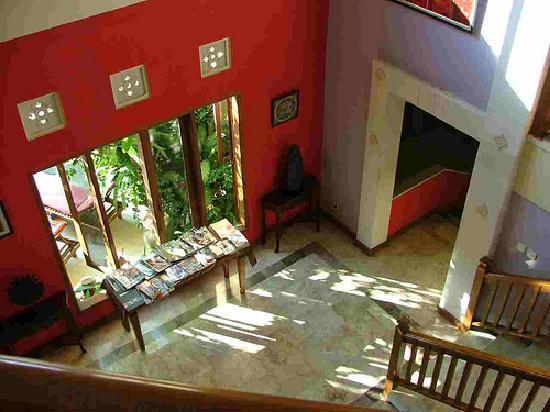 Sunclad Villa: Laki uma hall