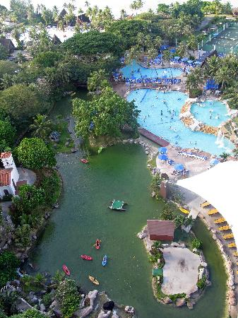 Pacific Islands Club Guam: Pool View from North Tower