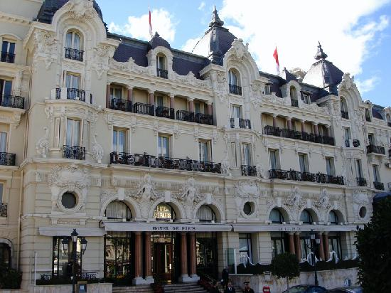 H tel de paris outside view picture of hotel de paris for Hotel de paris