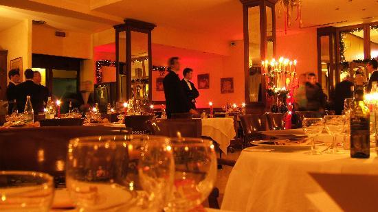 Panoramic Hotel Plaza: La sala da pranzo
