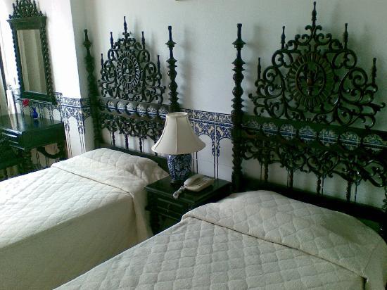 Pousada de Coloane Beach Hotel & Restaurant: Room 112 Std twin