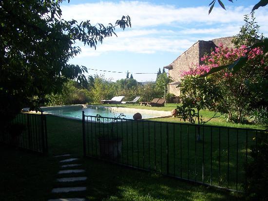 La Grande Maison: Garden and pool