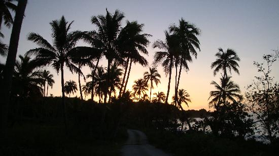 Новая Каледония: COUCHER DE SOLEIL