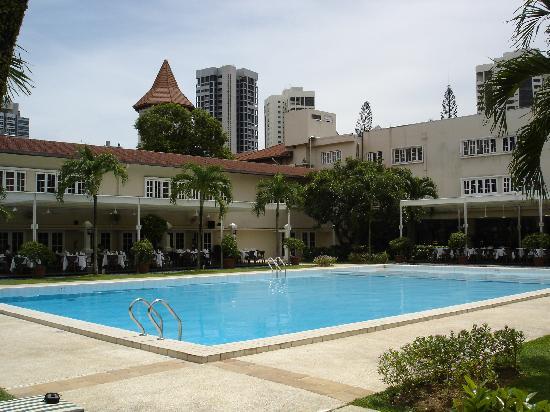 pool picture of goodwood park hotel singapore tripadvisor. Black Bedroom Furniture Sets. Home Design Ideas