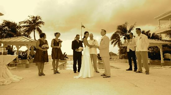 Caribbean Club: ceremony