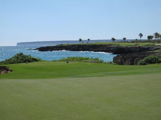 Punta Espada Golf Course : Par 3 up hill middle tees 180 yds