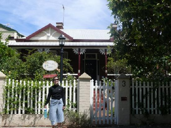 Pension Of Perth: front of the house
