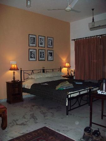 Saubhag Bed and Breakfast: Our room had air con/heating as required