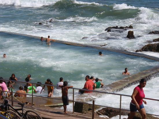 "Mazatlan, Meksika: One of several pictures of the salt water swimming ""pool""."