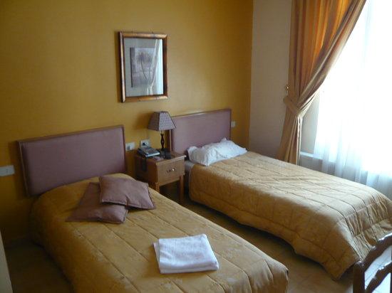 Mariam Hotel room