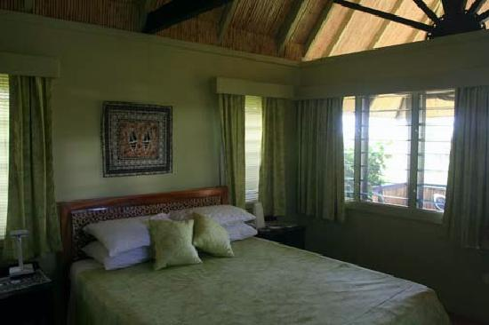 Palmlea Farms Lodge & Bures: Our room