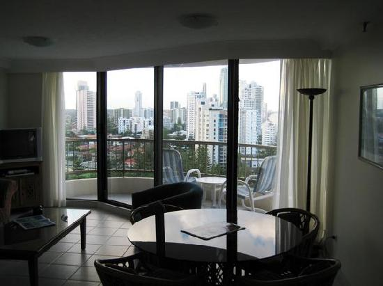 Boulevard North Apartments: View of the city from the kitchen