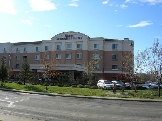 SpringHill Suites Sacramento Airport Natomas: Entrance