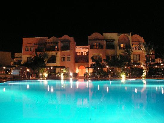 Jaz Makadi Saraya Resort: evening time, one of the hotel buildings