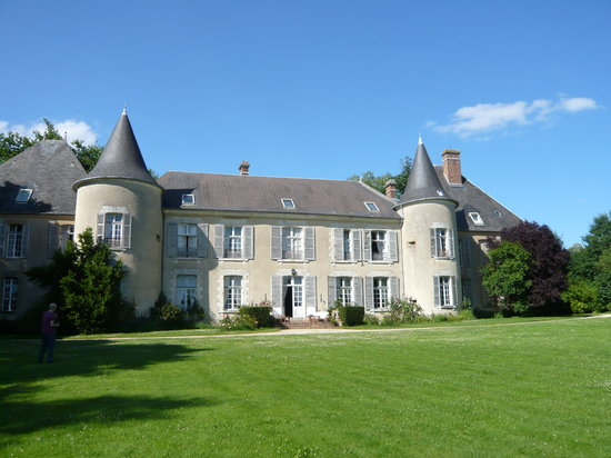 Château d'Ivoy: from the outside