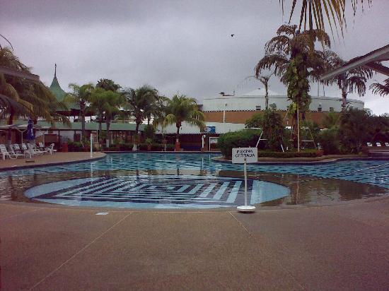 Hotel Aqua-Vi Suites & Marina : Vista de la Piscina