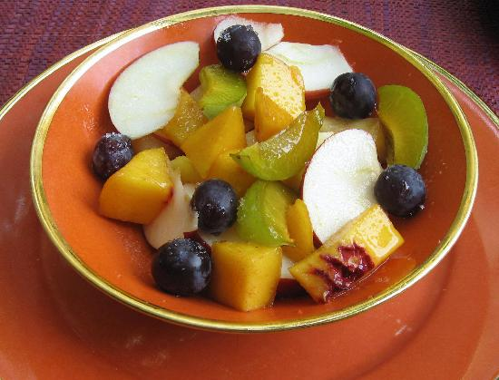 Villa Agape : Fresh fruit for breakfast