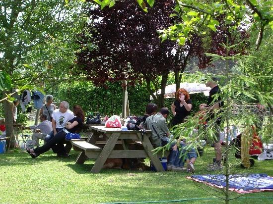 La Quintana de la Foncalada: En el jardín